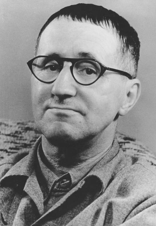 Brecht – najpierw sztuka, potem wygoda