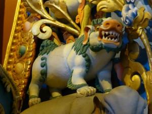 Lew śnieżny symbol Tybetu. Tak to naprawdę lew.